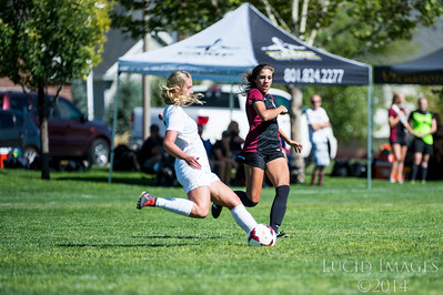 Viewmont at Davis Girls Soccer 09082016