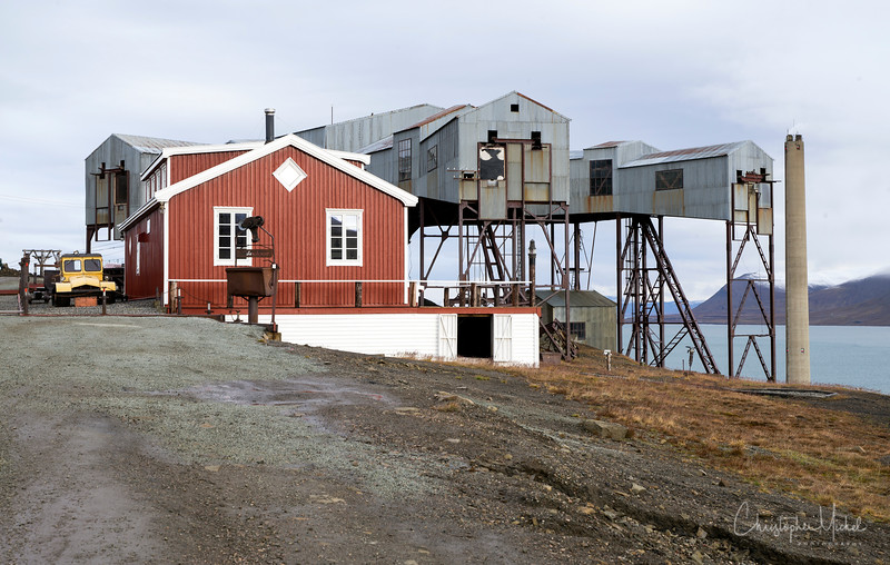 8-28-16169539 Longyearbyen Svalbard.jpg