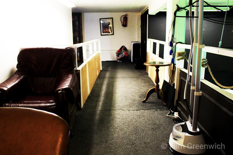 Crixus Studios- Make Up Room
