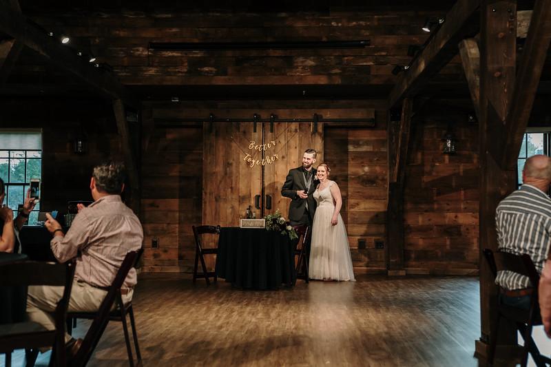 rustic_ohio__fall_barn_wedding-361.jpg