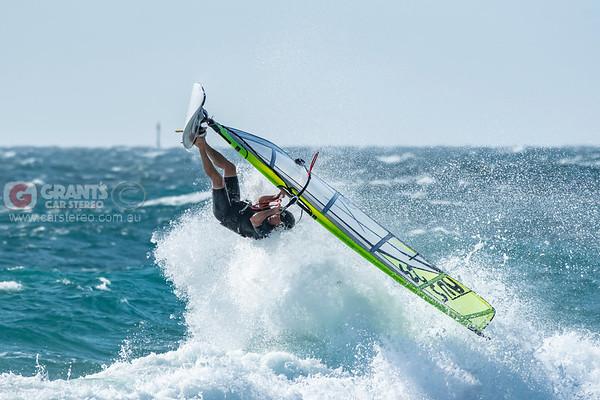 Mettams Pool windsurfing 09/01/2020