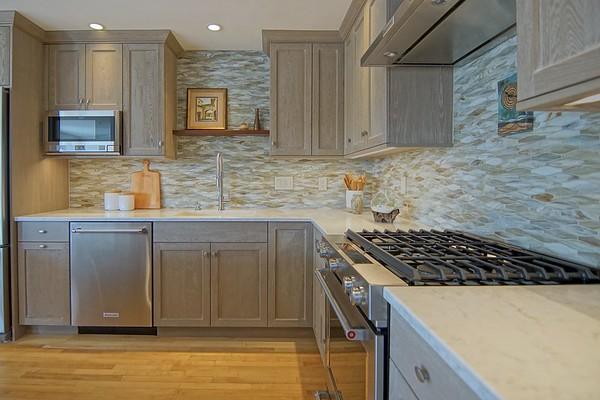Beach Side Kitchen - 507 Ocean Blvd