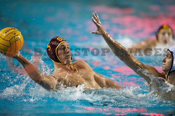 USC v Navy Water Polo
