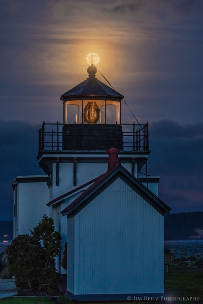 Lighthouse Super Moon.