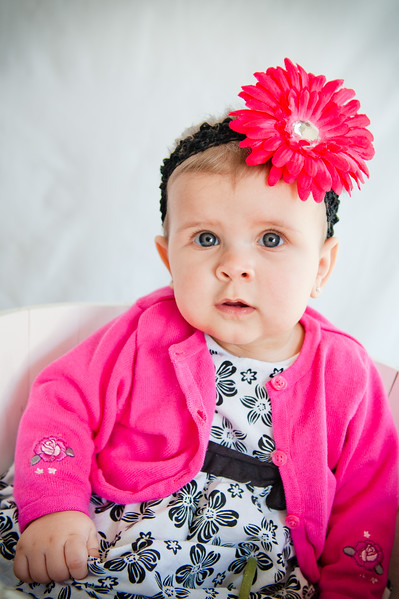 Lily at 6 months-4790.jpg