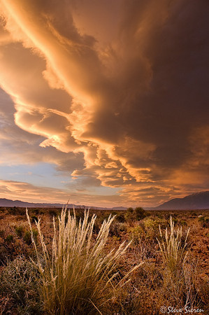 Lenticular cloud Sunset near Bishop, California