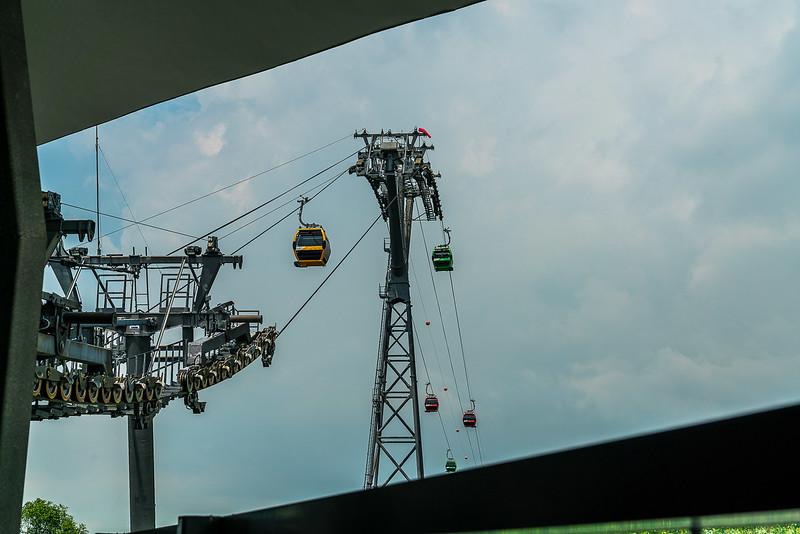 Sentosa-Cable-Car-9881.jpg