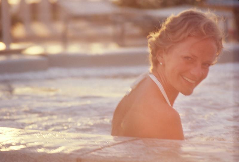 1974-00 Bonnie Lee Black St. Pete Beach.jpg
