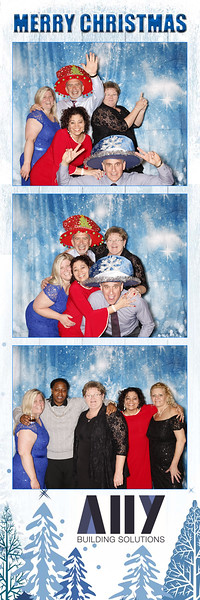 2018 ALLY CHRISTMAS PARTY BOOTH STRIPS_38.jpg