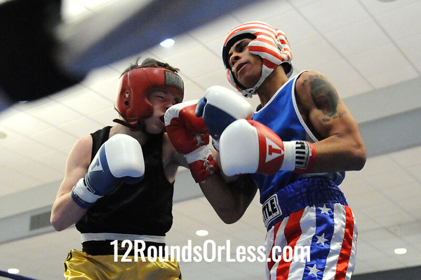 Bout 8 Chris Lopez, Freddies-Cleveland -vs- Tracer Yergin, Columbiana 132 lbs