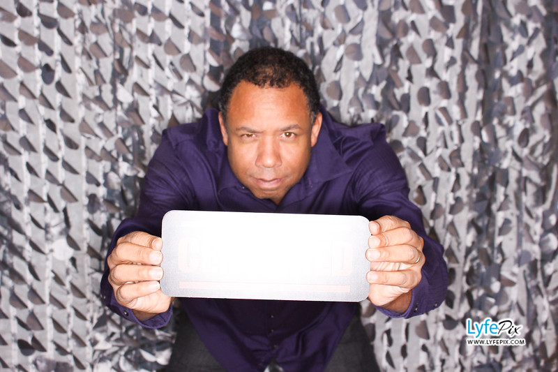 red-hawk-2017-holiday-party-beltsville-maryland-sheraton-photo-booth-0272.jpg
