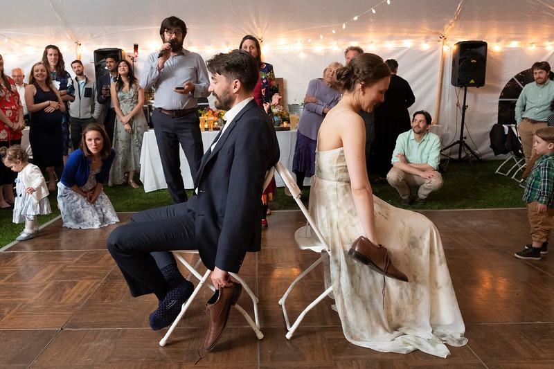 kwhipple_toasts_first_dance_shoe_game_20180512_0144.jpg