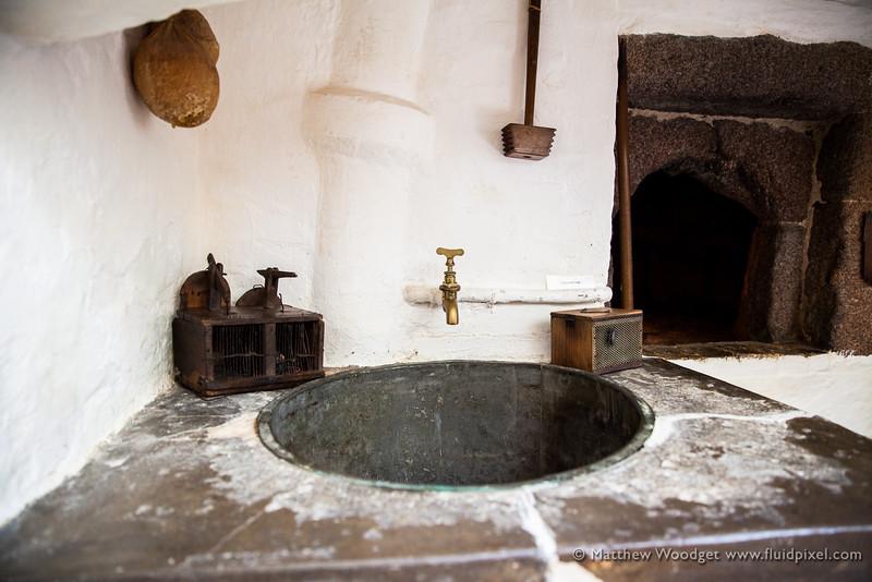 Woodget-140612-006--kiln, kitchen, old fashioned, oven.jpg