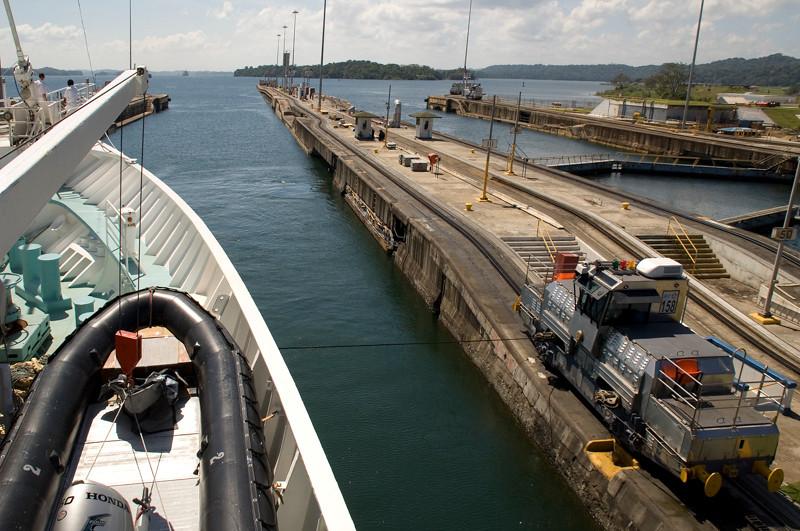 Panama Canal-16.jpg