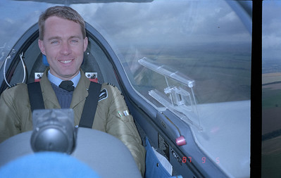 A good photo of a good glider pilot at work.
