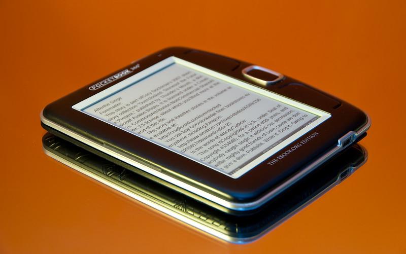 Pocketbook 360 on a mirror