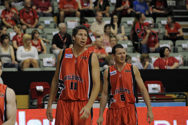 Perth Wildcats vs Adelaide 36ERS 17/10/2009