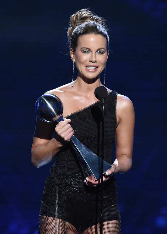 . Kate Beckinsale accepts the award for best male athlete on behalf of Washington Capitals\' Alexander Ovechkin, at the ESPY Awards at Microsoft Theater on Wednesday, July 18, 2018, in Los Angeles. (Photo by Phil McCarten/Invision/AP)