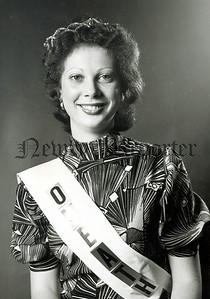 Miss Roisin Philips Cornamuckla, Omeath winner of Omeath Gala Queen