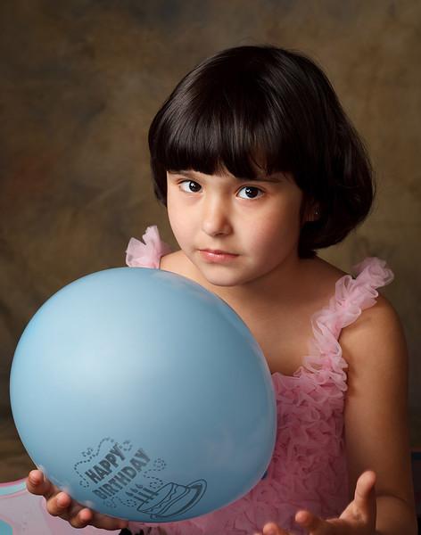 Yuriy Yuliya R. (children)