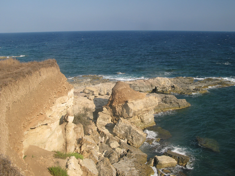 Quarrying of cliff dface
