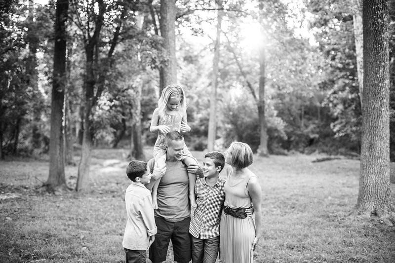 tshudy_family_portraits-175.jpg