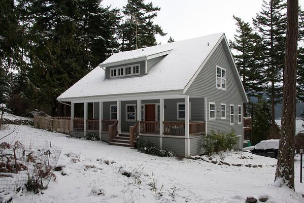 Molly's Snow House
