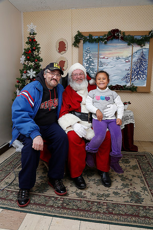 12_12_2013 — Santa Photo Gallery