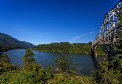 Columbia River Waterfall trip