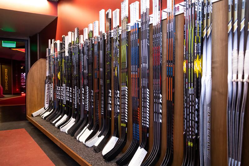 20181103-DU-Hockey-RibbonCutting-22.jpg