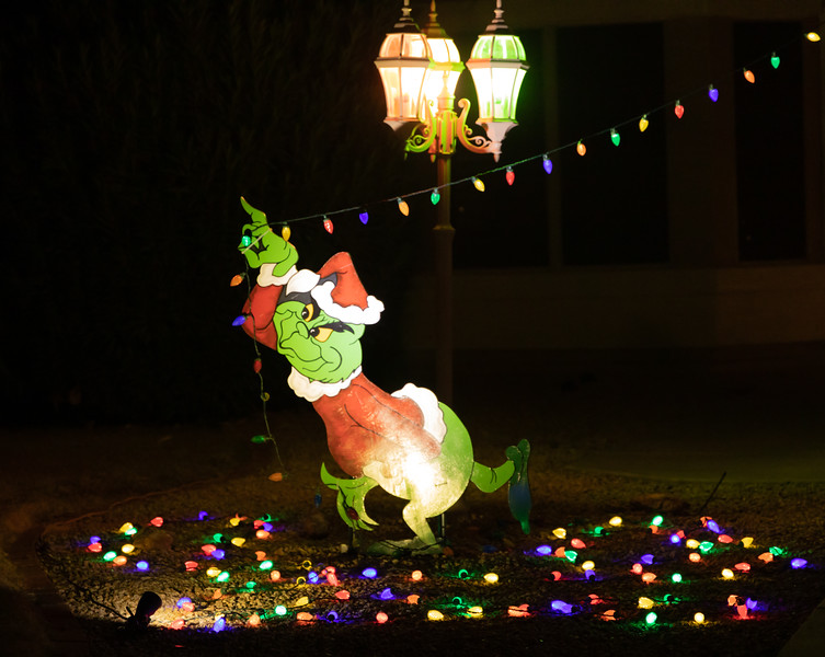 Phoenix Adobe Highlands Neighborhood Lights December 24, 2018  21.jpg