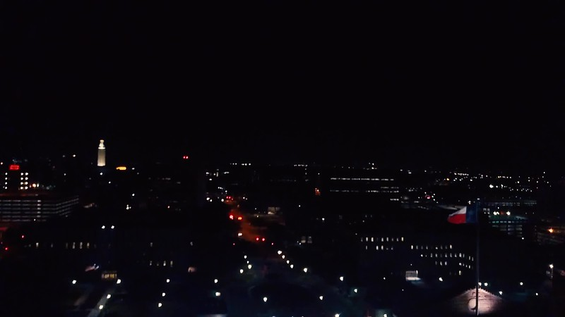 Austin_The_Capitol_at_Night.mp4