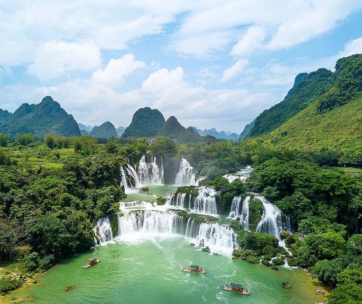 Vietnam Ban Gioc Falls_DJI_0005.jpg