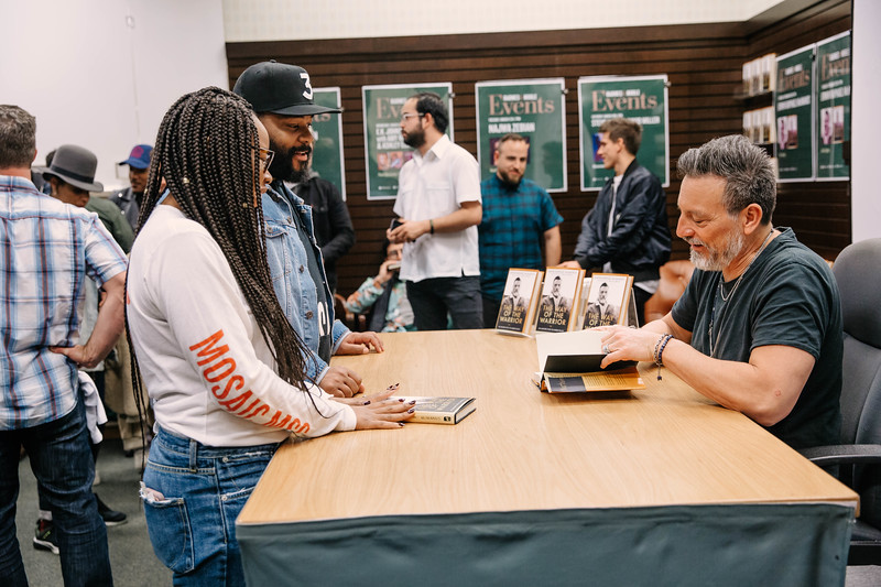 2019_2_28_TWOTW_BookSigning_SP_275.jpg