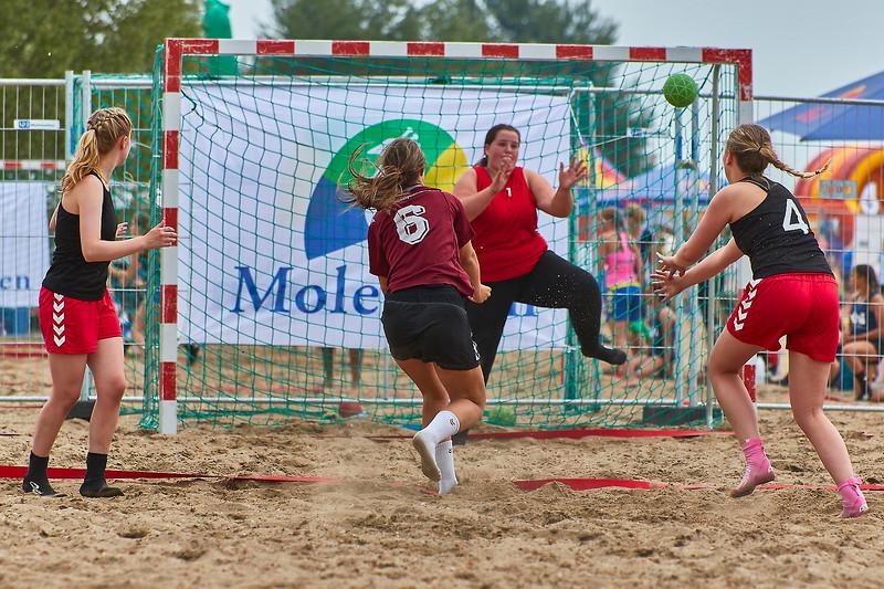 Molecaten NK Beach Handball 2017 dag 1 img 174.jpg