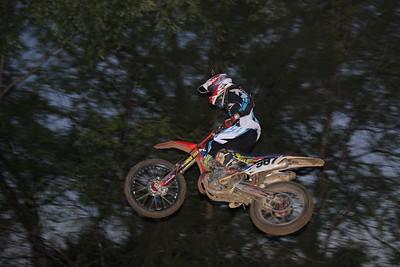Moto 11 - Collegeboy 14-24