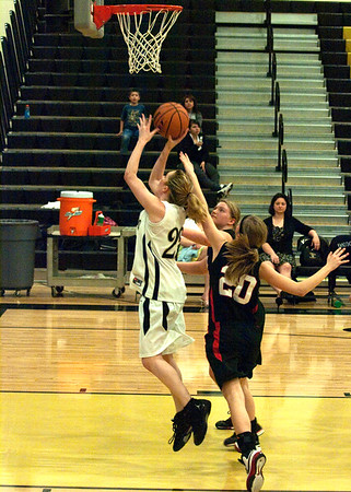 Basketball Varsity Girls vs Liberty 2/2/2010