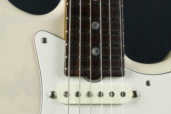 20th Anniversary NOS #3141 MK Aged White