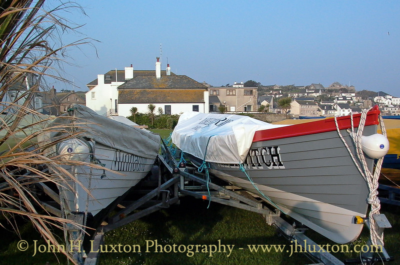Visiting Pilot Gigs seen on Holgate's Green. Gigs are delivered to St Mary's Prior to the annual Gig Races by RMV SCILLONIAN III and GRY MARITHA.