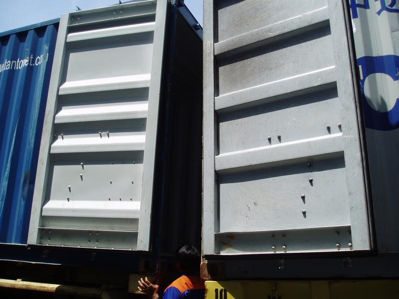Otto Kuijk Zkhs vervoer en aankomst container (34).jpg