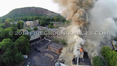 Delaney's Pub Fire (New Haven, CT) 8/25/14