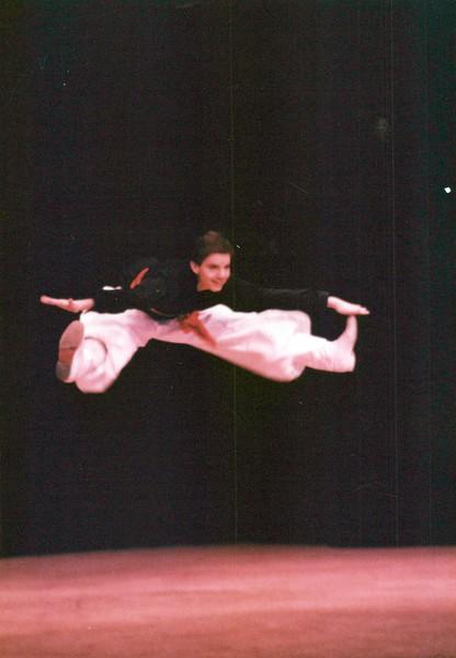 Dance_2037_a.jpg