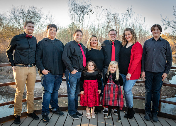 Wolf - Arms - Trent Family Fall 2018