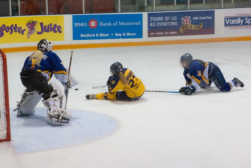 20130310 QWHockeyvsUBC 501.jpg