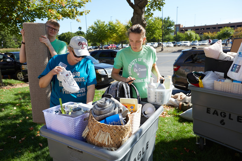 2019 UWL Fall New Student Move in Weekend NSO 0191.jpg
