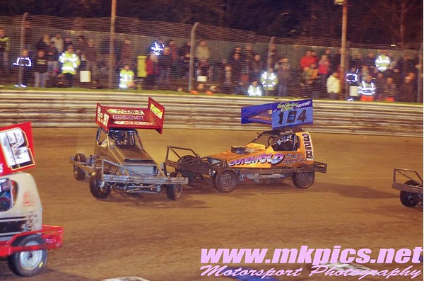 V8 Hot Stox - BriSCA Gala Night