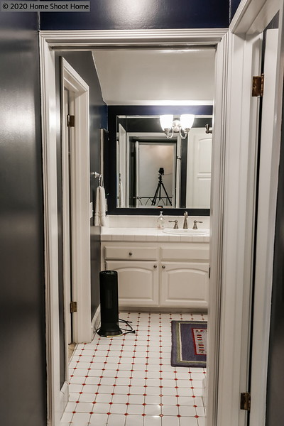 3008_49bathroom2-alt.jpg