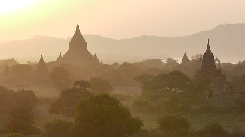Sunset in Bagan, Burma (Myanmar) from Shwesandaw Pagoda.