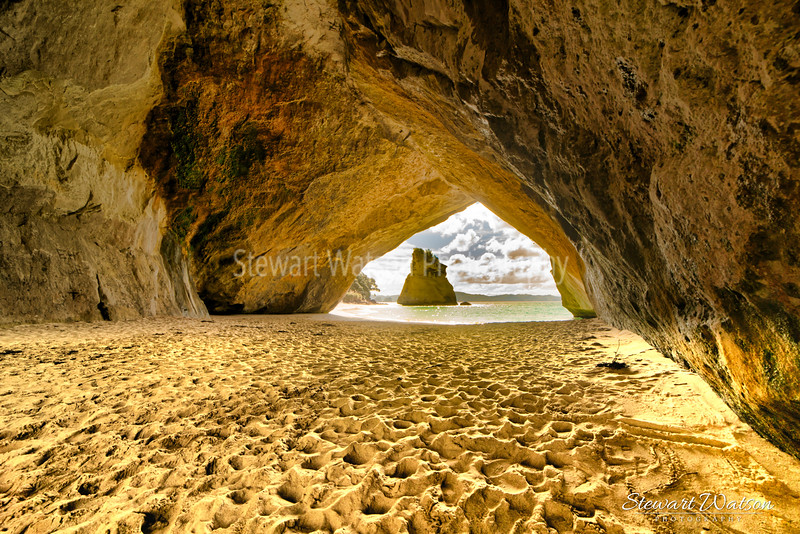 Cathedral Cove footprints