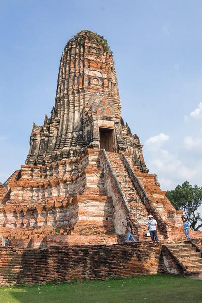 _DSC4918Chai Wattanaram Temple, built by King Prasat Tong .jpg